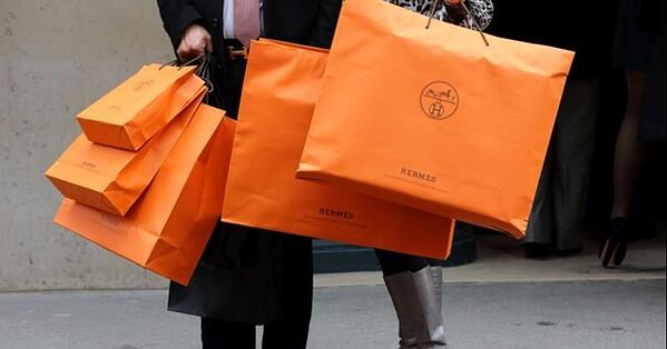 hermes packaging keeping relevant in the fashion industry